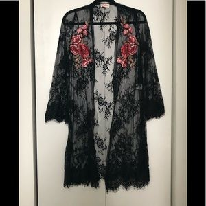 Alythea Black Lace with Flowers Kimono